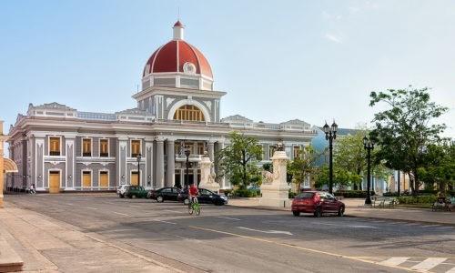 8. Cienfuegos Cuba 500x300 - Hostales en Santa Clara Cuba