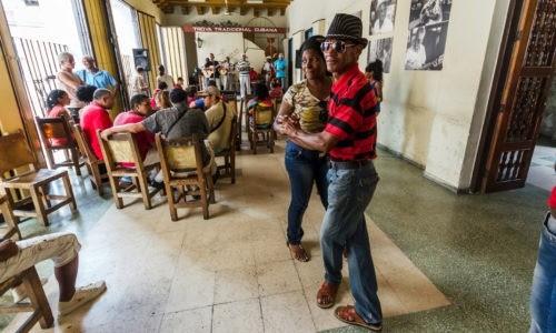 2. origen de los ritmos cubanos 500x300 - Hostales en Santa Clara Cuba